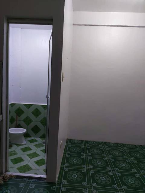 House Bed and Rooms for Rent in Taguig City