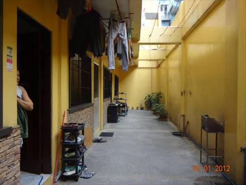 Apartment Bed and Rooms for Rent in Santa Mesa Manila