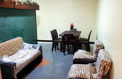 House Bed and Rooms for Rent in Malate Manila